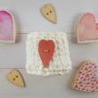 3 db-os felvarrható szív alakú díszítő gomb