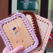 Horgolható fa képeslap - Wood Stitch Collection