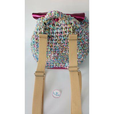 bézs hátizsákpánt ezüst színű szerelékkel
