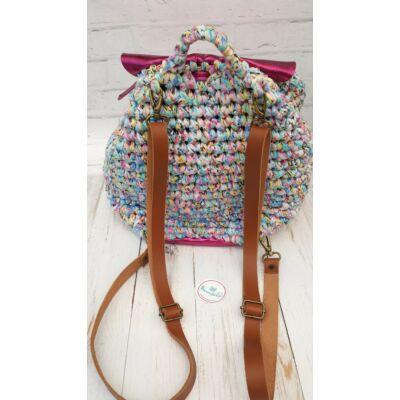 Őzbarna bőr hátizsákpánt antikolt színű szerelékkel