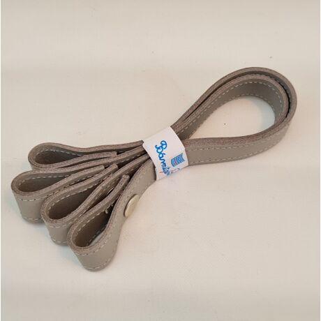 Patentos bőr kézi táskafogó párban - Pasztell szürke - 30 cm