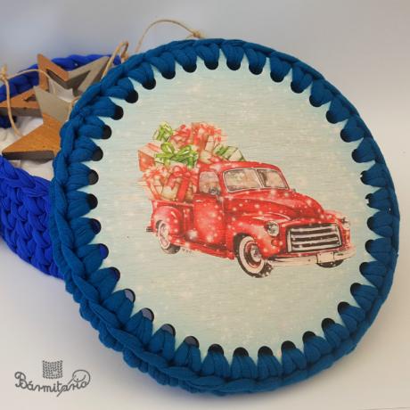 Karácsonyi furgon - 15 cm-es horgolható fa alap - Wood Stitch Collection