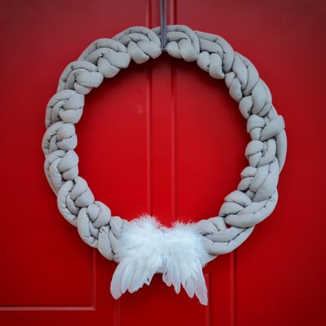 Ünnepi PUFI koszorú (szürke) - karácsonyi alkotócsomag videóval!